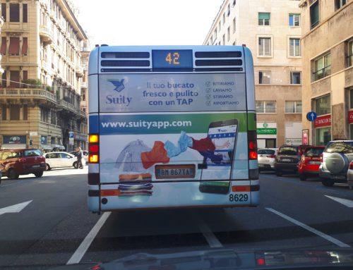 Suity a spasso per Genova con il bus